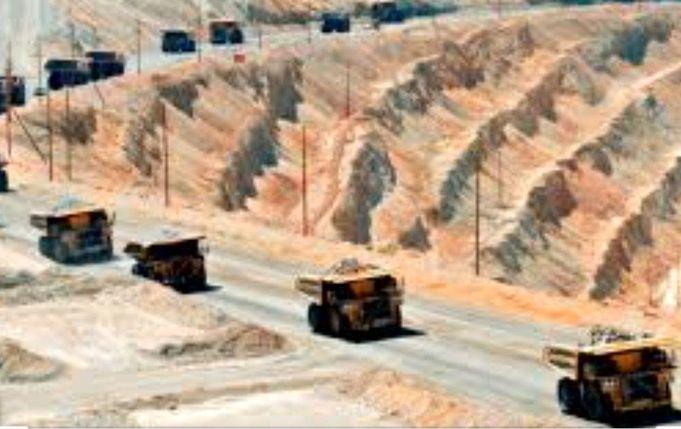 پیش بینی ادامه روند نزولی قیمت سنگ آهن