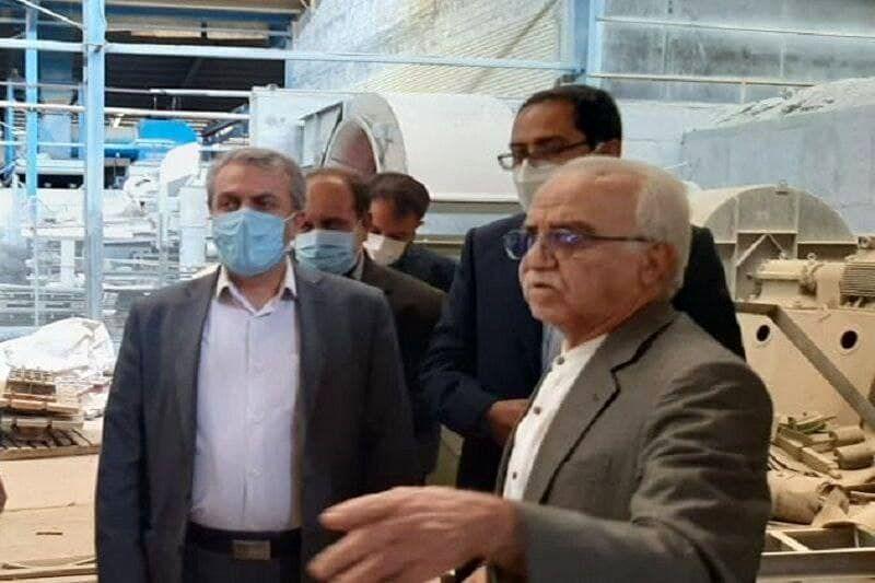 وزیر صنعت معدن وتجارت از کارخانه آجر دهدشت بازدید کرد