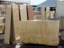 معادن سنگ تزئینی استان یزد به دلیل خودتحریمی در آستانه تعطیلی قرار دارند