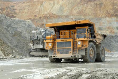 سنگ آهن تا پایان سال ۱۵۰ دلار می شود؟