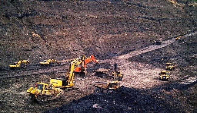 تأکید معاون دادستان قم بر پیگیری مطالبات معدن کاران و حمایت از تولید